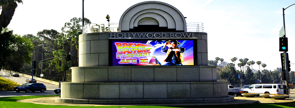 hollywood-bowl-led-sign-talking-billboards
